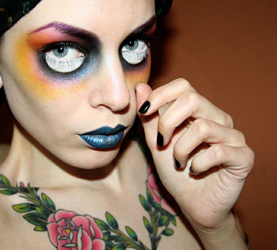 Scary Halloween Face Make-Up