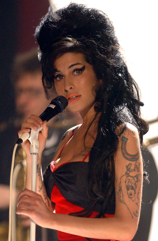 Amy Winehouse Beehive Hairdo 24