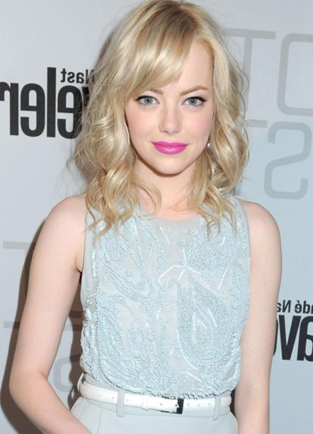 Emma Stone Sweet Hairstyle Shoulder Length Curly