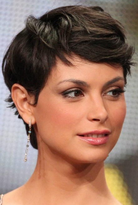 Short Hairstyles with Dazzling Curls Hair