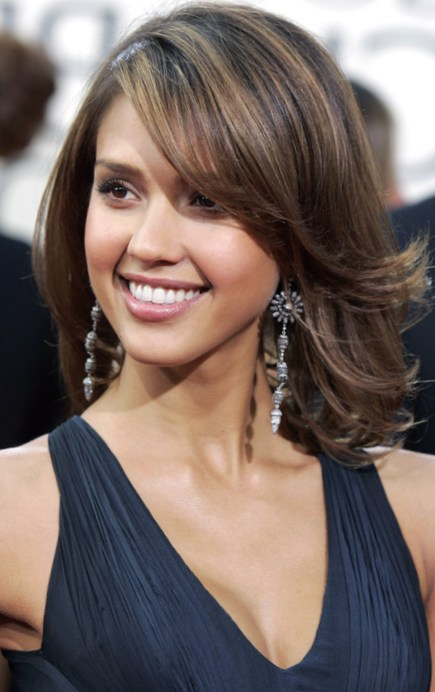 Pretty Hairdos For Thick Hair Medium Length Shoulder Hairstyles