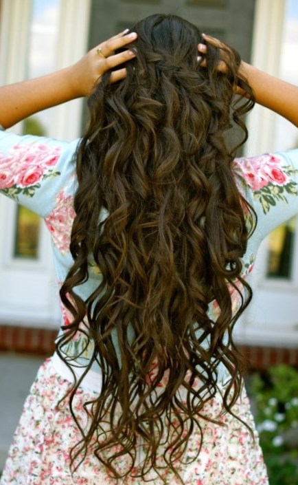 Lovely Curly Long Wedding Hairstyles