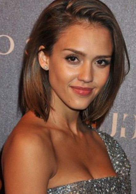 Jessica Alba Sleek Straight Bob